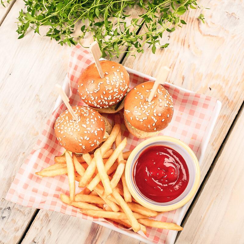 Perekohvik Moosium_menüü_laste miniburgerid
